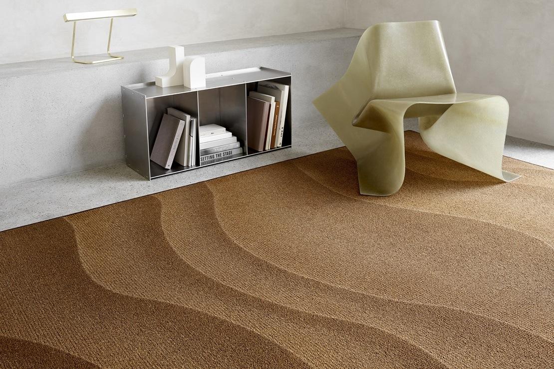 Kouzelné tkaniny. Nadčasové textilie. Ekologicky šetrné koberce. V showroomu Optimal Interier Design.