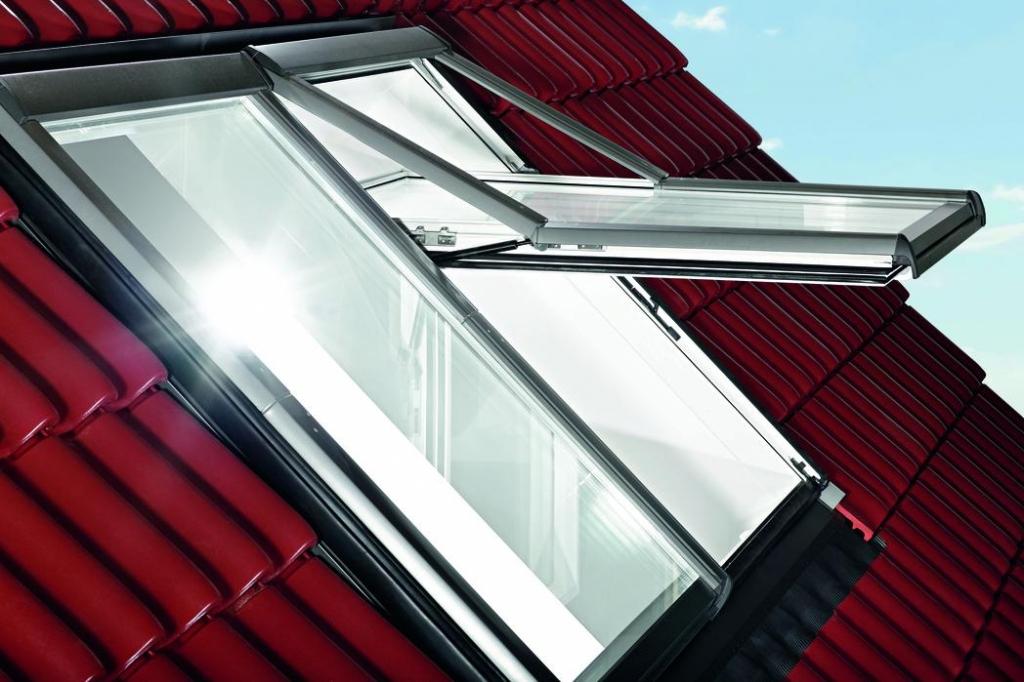Mycí poloha střešních oken - jak na to? slide 1