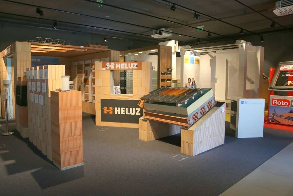 HELUZ - kompletní stavební systém v Centru hrubé výstavby slide 2