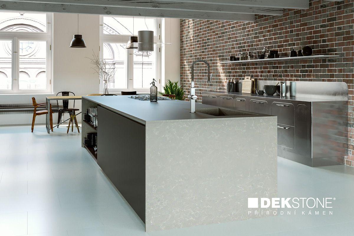 Kamenná pracovní deska a obklad v kuchyni slide 6