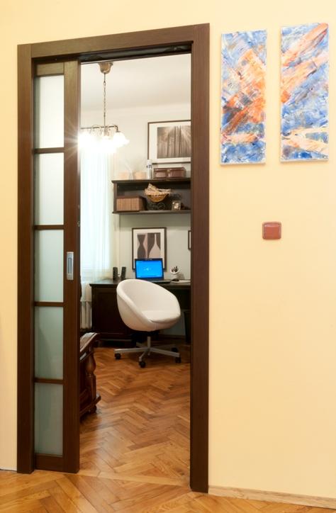 Eclisse přináší pouzdra posuvných dveří na Kaštanovou slide 2