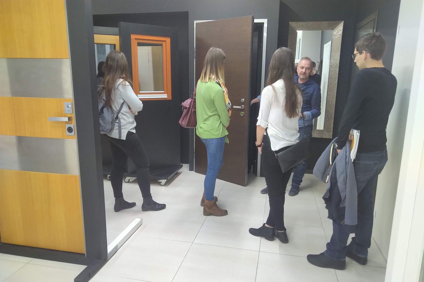 Exkurze studentů VUT na Kaštanové slide 17