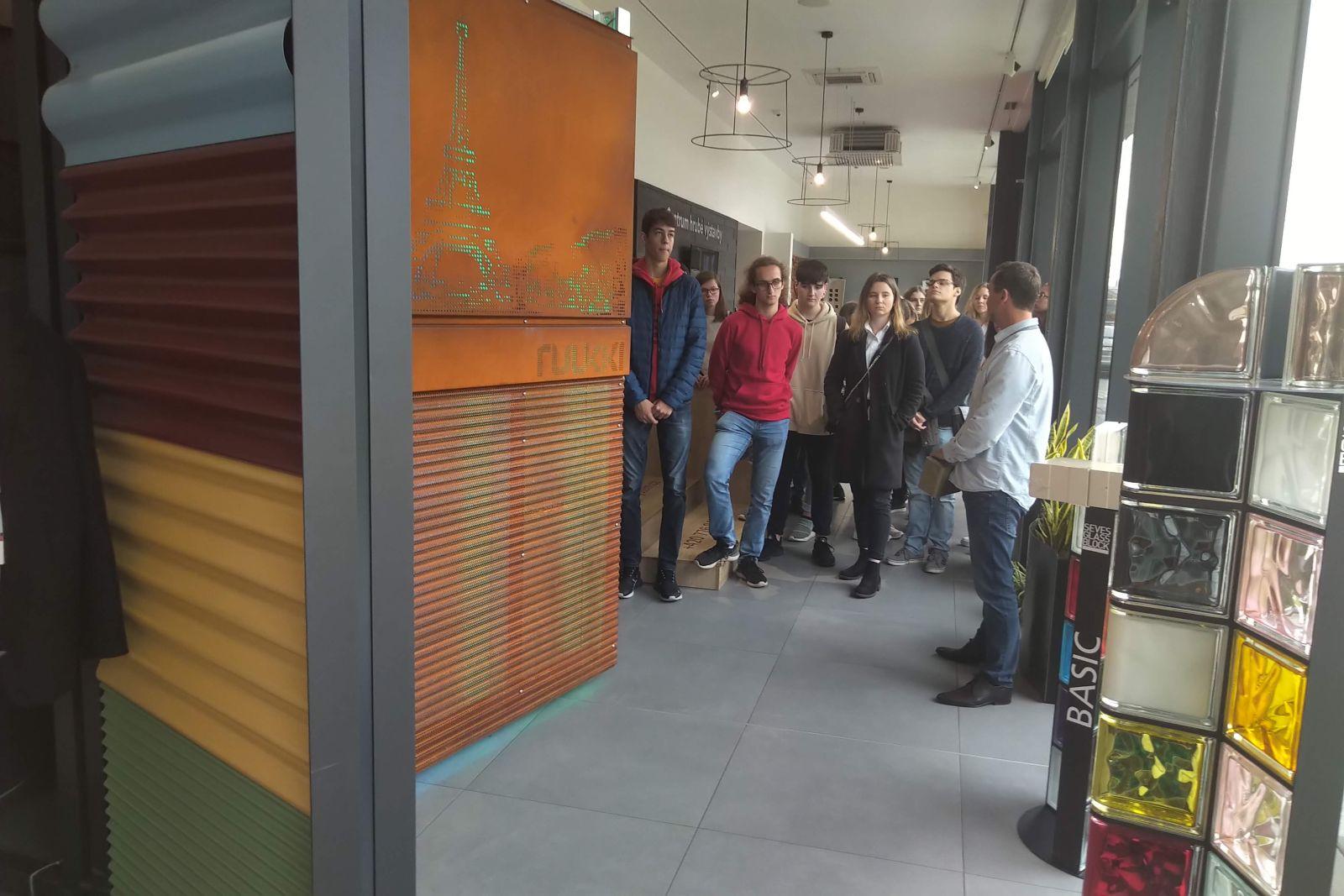 Exkurze studentů SPŠ stavební na Kaštanové slide 17