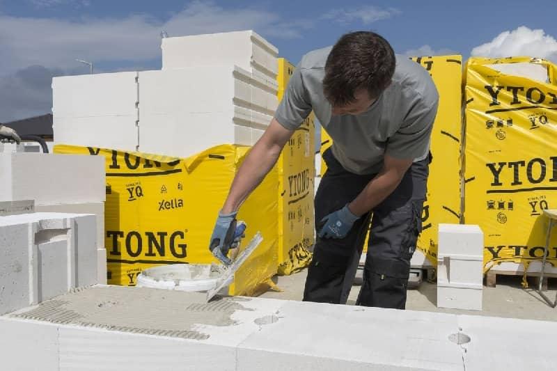 Centrum hrubé výstavby představuje fragment domu z tvárnic YTONG slide 3