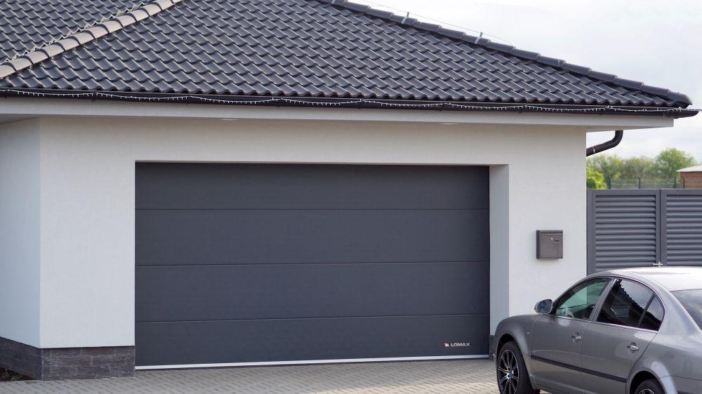 Garáži i oknům LOMAX sluší zásadně šedá barva slide 3