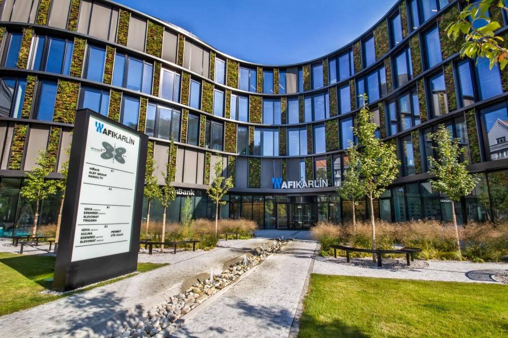 Největší vertikální zahrada ve střední Evropě slide 2