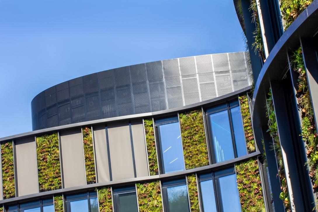 Největší vertikální zahrada ve střední Evropě slide 4