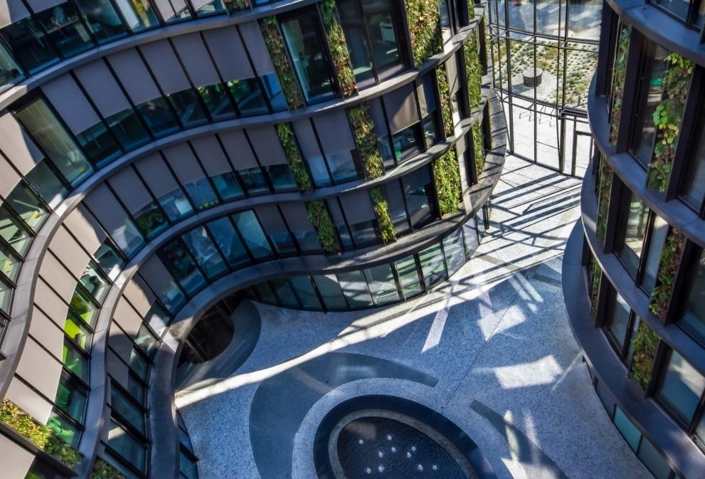 Největší vertikální zahrada ve střední Evropě slide 6