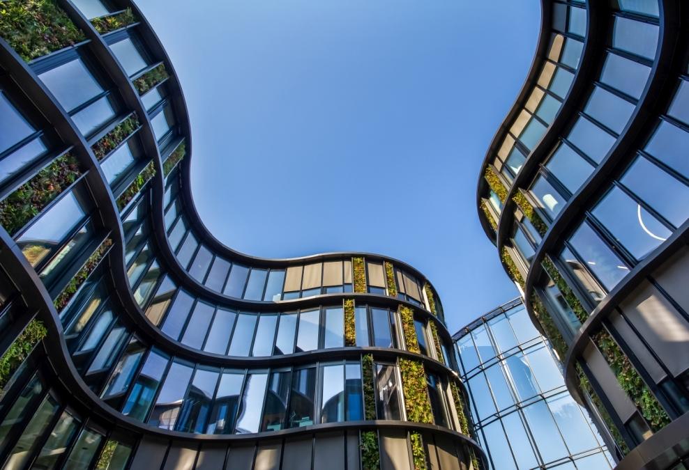 Největší vertikální zahrada ve střední Evropě slide 9