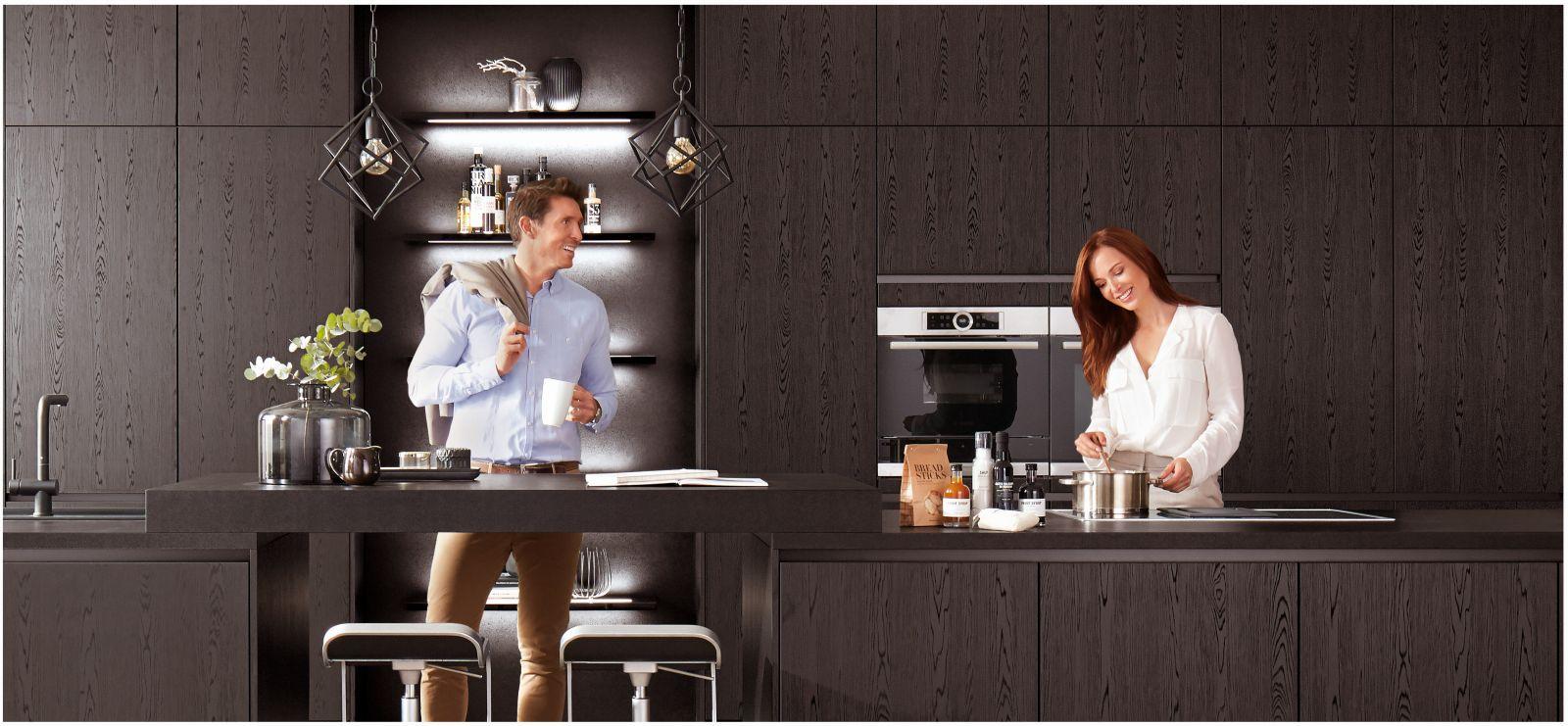 Kaštanová posiluje v kuchyních slide 1