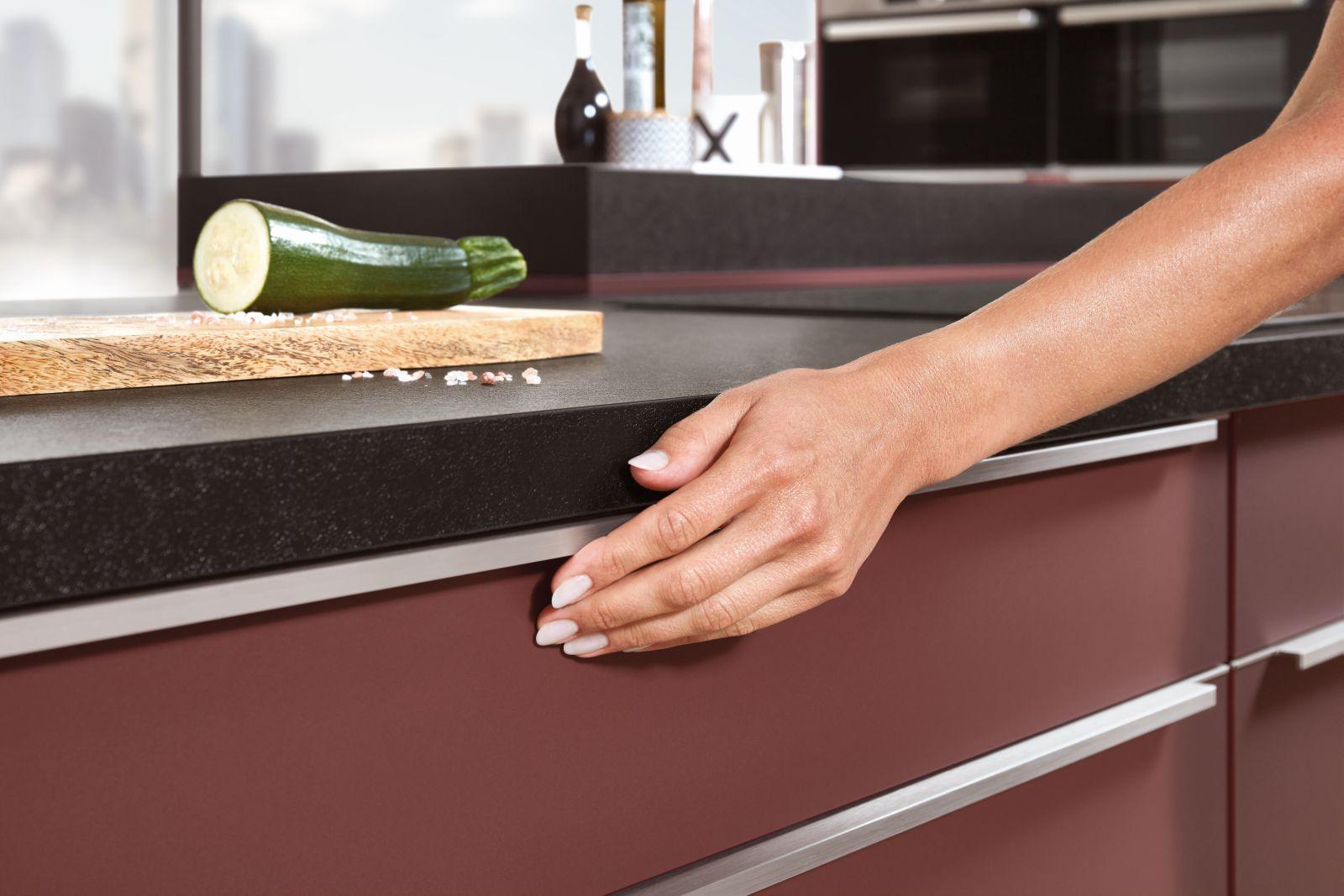 Kaštanová posiluje v kuchyních slide 3