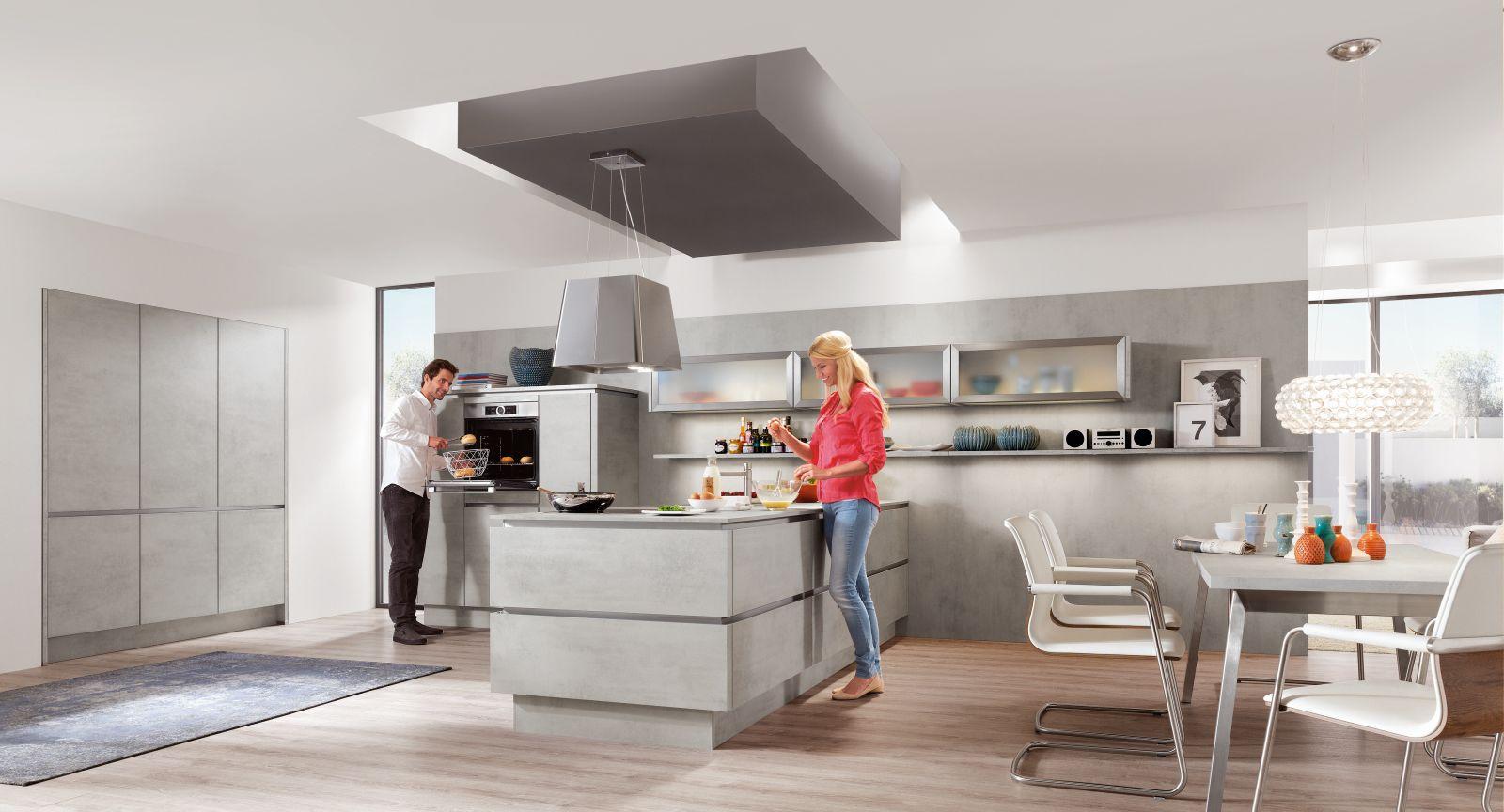 Kaštanová posiluje v kuchyních slide 5