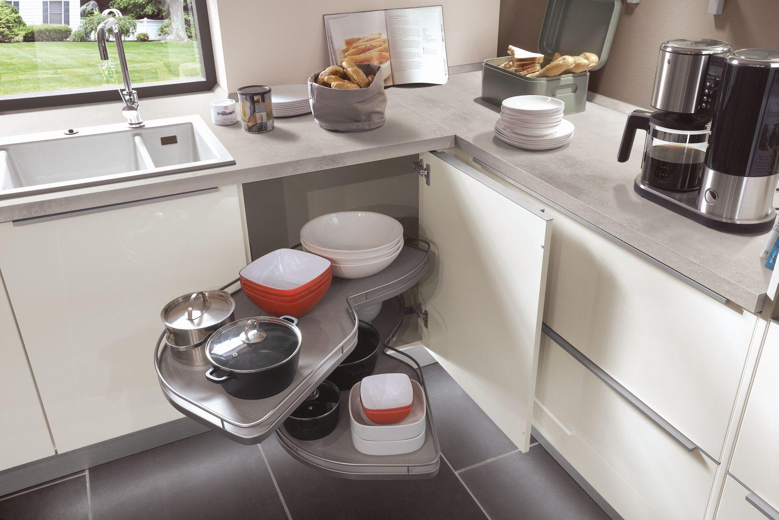 Kaštanová posiluje v kuchyních slide 11