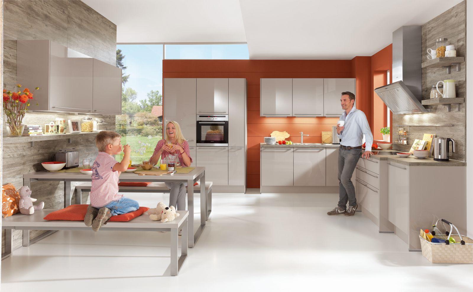 Kaštanová posiluje v kuchyních slide 12