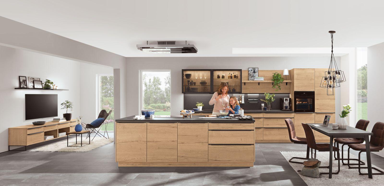 Kaštanová posiluje v kuchyních slide 13