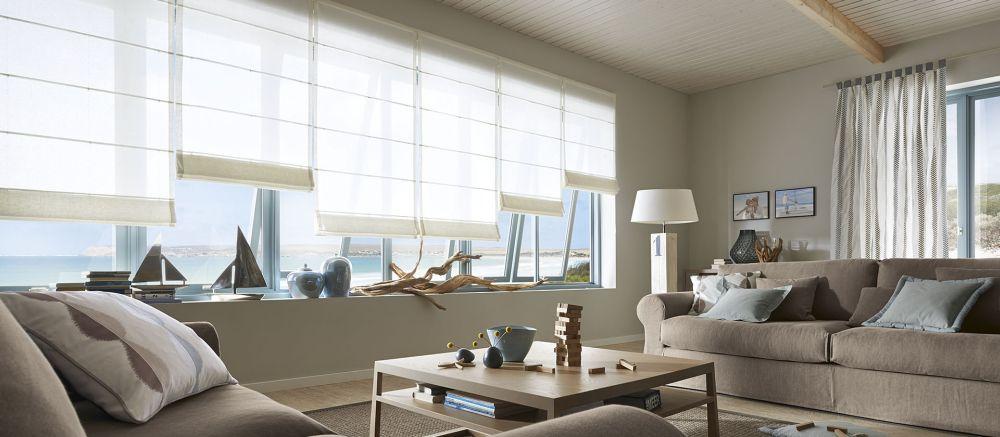 Oblečte svá okna! Pomocí záclon, závěsů či žaluzií slide 11