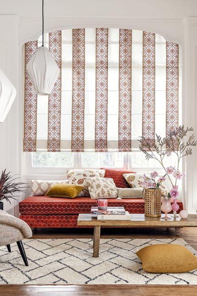 Oblečte svá okna! Pomocí záclon, závěsů či žaluzií slide 26