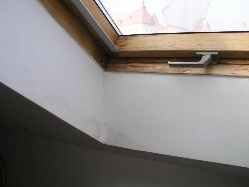 Výměna střešních oken. Bolehlav nebo ROTO? slide 5