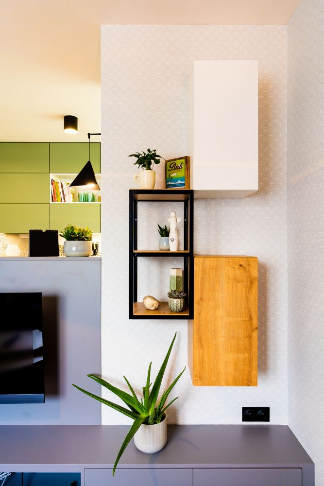 Rekonstrukce malého bytu do svěžích barev slide 8