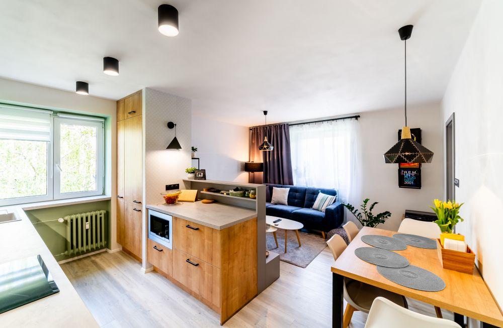 Rekonstrukce malého bytu do svěžích barev slide 5