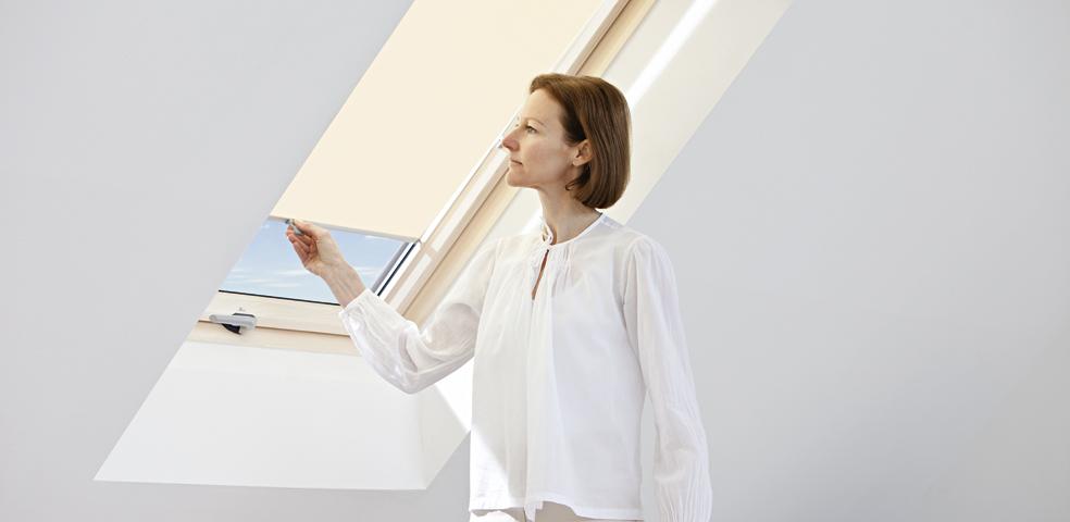 Jak si poradit se stíněním střešních oken? slide 19