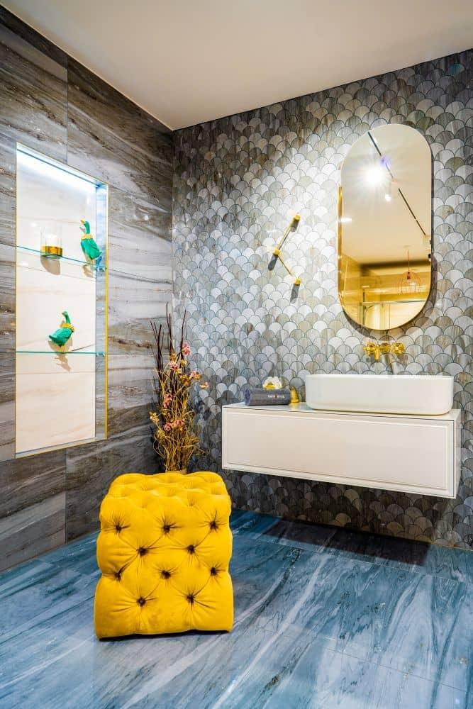 """""""Každý si zaslouží dokonalou koupelnu,"""" hlásí Radek Uhlíř, výkonný ředitel Keraservis slide 0"""