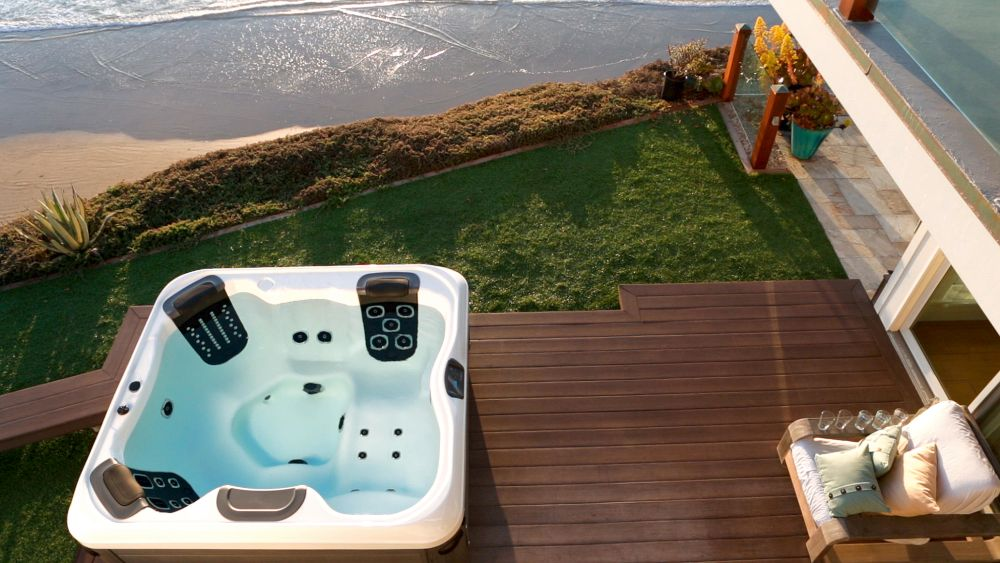 Wellness ve vířivce z pohodlí domova slide 1