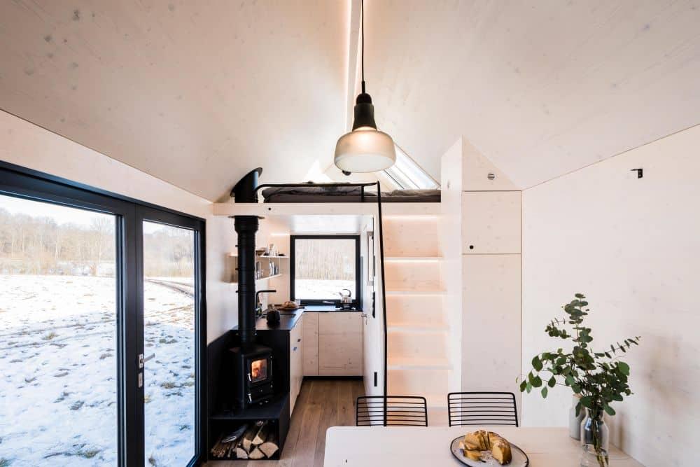 dvoupatrový mobilní domek